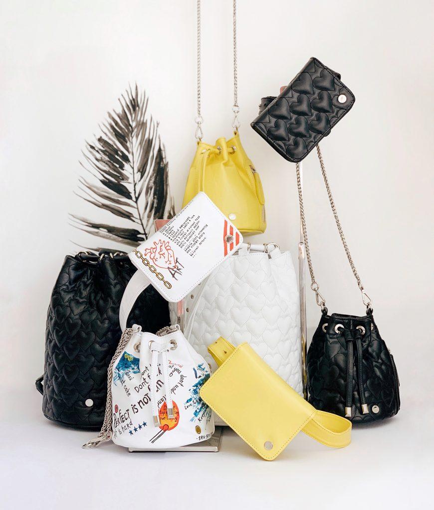 50f38eaacb46 L'officiel || Принты ручной работы и новые формы: Ozerianko Bags  представили весеннюю коллекцию сумок